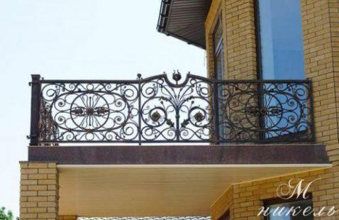 Дагестанцы любят удивлять оригинальностью балконных ограждений