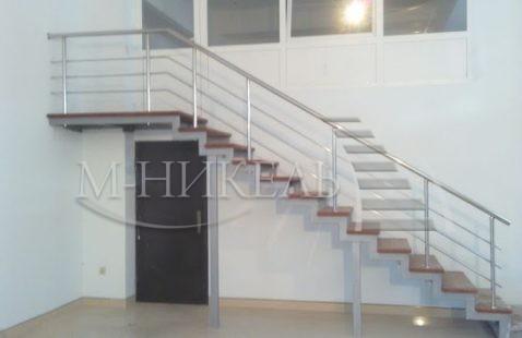 Типичные ошибки в установке лестниц