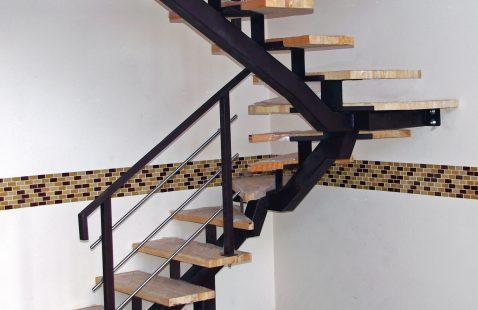 Лестницы легкой конструкции